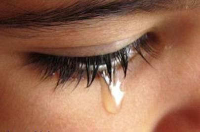 mắt bị ngứa, chảy nước mắt kéo dài