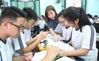 Bài tập trắc nghiệm Tiếng Anh 12 unit 5: Higher Education - Test 2