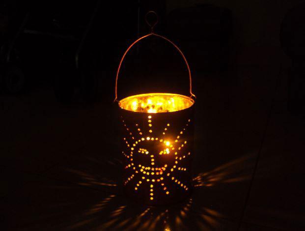 Hướng dẫn làm lồng đèn Trung Thu đơn giản