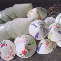 Bài văn mẫu lớp 9: Thuyết minh về chiếc nón lá Việt Nam