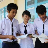 Đề kiểm tra học kì I lớp 8 môn Ngữ văn - THCS Đồng Nai, Lâm Đồng