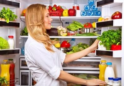 Những sai lầm khi bảo quản thực phẩm trong tủ lạnh ngày Tết