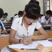 Đề thi học kì 1 môn Ngữ văn lớp 12 trường THPT Phan Ngọc Hiển, Cà Mau năm học 2015 - 2016