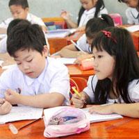 Đề thi giữa học kì 2 môn Toán lớp 5 trường tiểu học La Phù, Hà Nội năm 2015 - 2016
