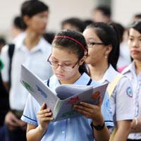 Đề thi học kì 2 môn Giáo dục công dân lớp 10 trường THPT Chuyên Lê Quý Đôn, Bình Định năm học 2014 - 2015