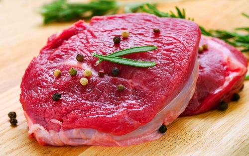Mẹo hay phân biệt thịt bò thật và giả chính xác