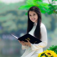 Bộ đề thi học kỳ 2 môn Tiếng Anh lớp 11 trường THPT Đinh Tiên Hoàng, Hà Nội năm học 2016 - 2017 có đáp án