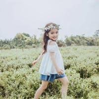 Giải bài tập trang 18 SGK Tiếng Việt 3: Cô giáo tí hon