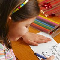 Văn mẫu lớp 3: Viết một bức thư ngắn cho người thân