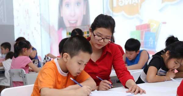 Ban hành chuẩn mới về giáo viên và cán bộ quản lý giáo dục