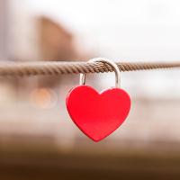 Những thành ngữ tiếng Anh hay về Tình yêu