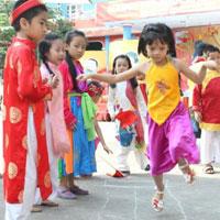 Giáo án lớp lá (5 - 6 tuổi): Nhảy lò cò