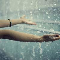 Lập dàn ý bài văn miêu tả cơn mưa rào lớp 5