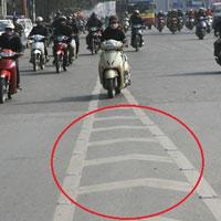 Những vạch kẻ đường gây tranh cãi ở Việt Nam