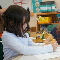 Tập đọc lớp 5: Chuỗi ngọc lam