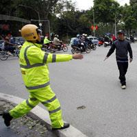 Từ 01/01/2018, người đi bộ sai luật có thể bị ở tù đến 15 năm