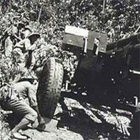 Câu hỏi trắc nghiệm Lịch sử lớp 12 bài 19:Bước phát triển mới của cuộc kháng chiến toàn quốc chống Pháp (1950 - 1953)