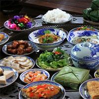 Giáo án mầm non đề tài: Trò chuyện về các món ăn ngày Tết