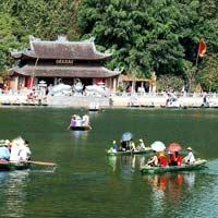 Văn khấn lễ Đức Địa Tạng Vương Bồ Tát ở chùa Hương