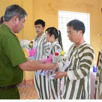 Hồ sơ đề nghị tha tù trước thời hạn có điều kiện