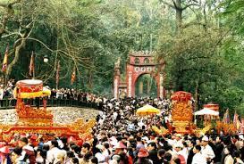Thuyết minh về lễ hội truyền thống Lễ hội đền Hùng