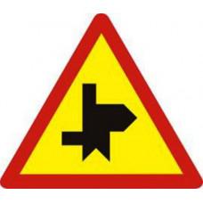 Biển báo giao nhau với đường không ưu tiên W207k