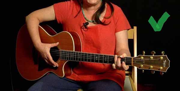 Cách học đàn ghi ta tại nhà