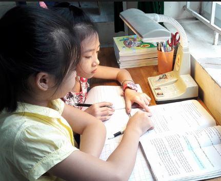 Bí kíp giúp trẻ tiểu học tập trung cao khi học bài ở nhà