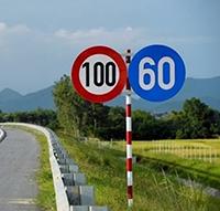 Quy định mới về khoảng cách an toàn khi tham gia giao thông